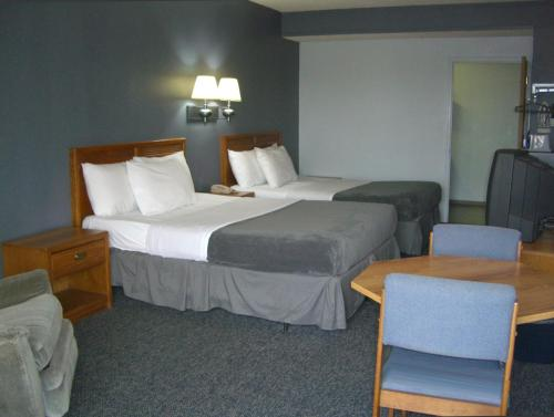 Quail's Nest Inn & Suites Photo