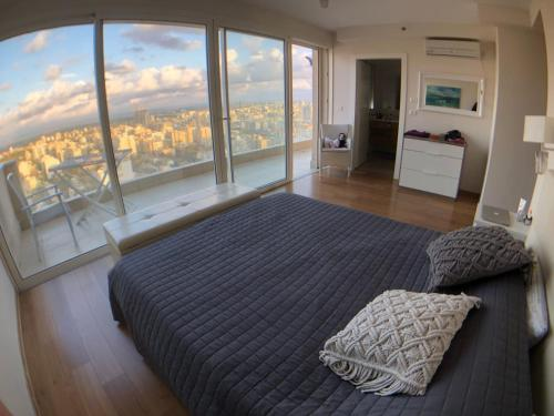 Penthouse On Nitza Blvd, Netanya