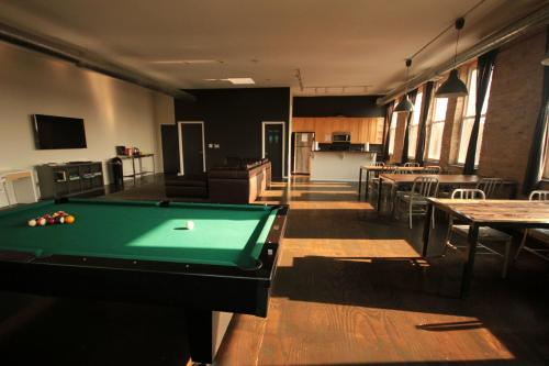 Urban Holiday Lofts - chicago -