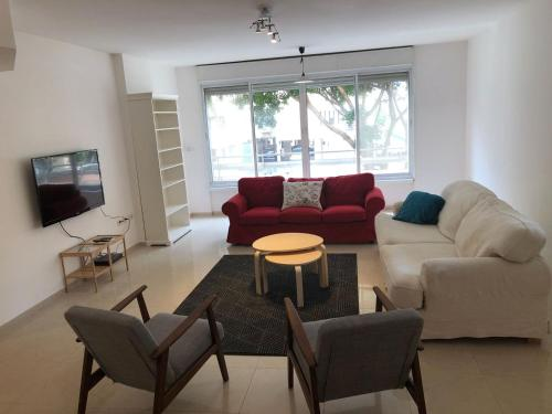 Apartment On Andreus, Netanya