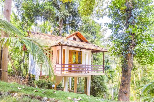 1-BR cottage in Sulthan Bathery, Wayanad, by GuestHouser 29186, Sultans Battery