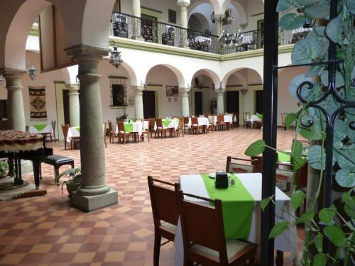 Hotel Monte Alban - Solo Adultos Photo