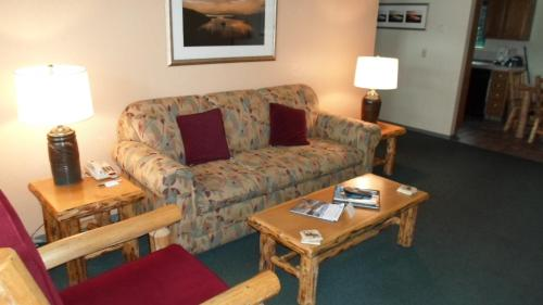 The Lodge at Lake Tahoe by VRI Resort Photo