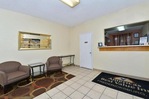 Americas Best Value Inn - Fredericksburg North Photo