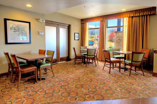 Hampton Inn Butte Photo