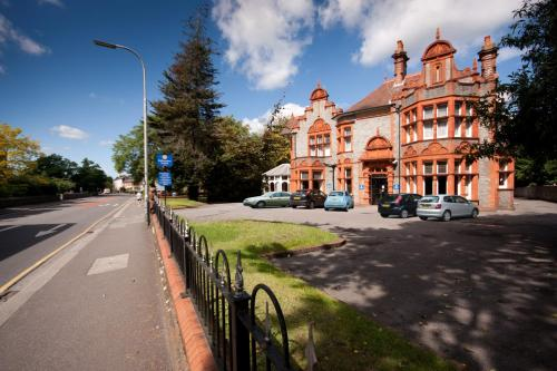 Stay at Hillingdon Prince Hotel
