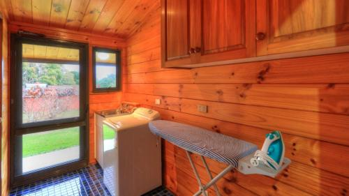 Dii Elduu - Norfolk Island Holiday Homes, Бернт-Пайн