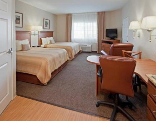 Candlewood Suites Turlock Photo