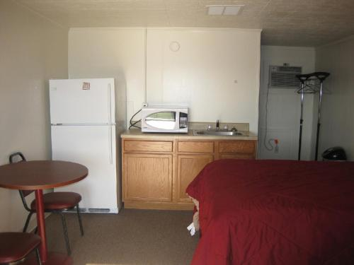 Ritz Motel & Lodging Photo