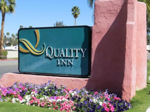 Quality Inn Palm Springs Photo