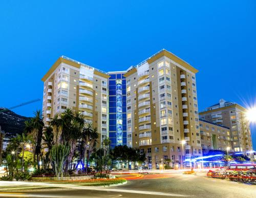 Modern Luxury 1 Bedroom Apartment 06, Gibraltar