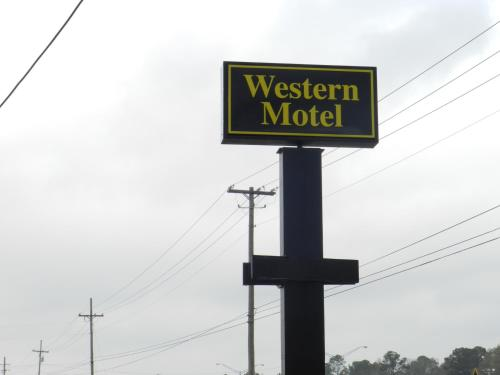 Western Motel Magee Photo