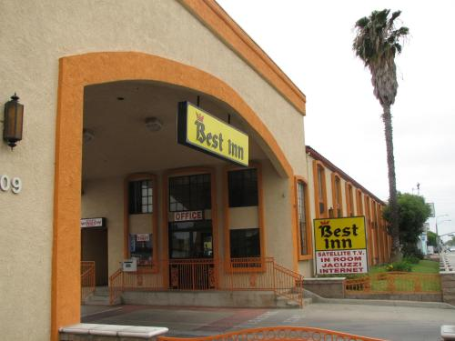 Best Inn - Santa Ana, CA 92703