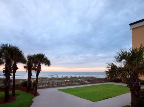 Hampton Inn Oceanfront Jacksonville Beach Photo