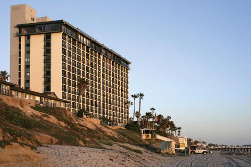 Capri by the Sea by All Seasons Resort Lodging - San Diego, CA 92109