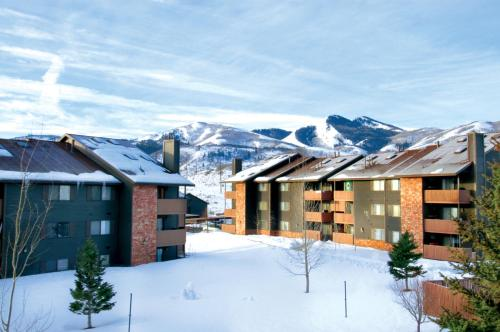 Photo of Powderwood Condominiums hotel in Park City