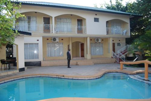 Chapa Classic Lodge Nehru Way, Livingstone