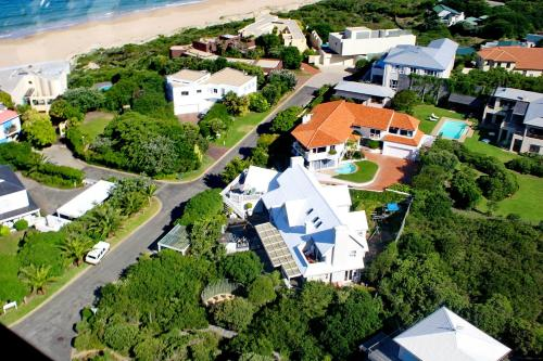 Sea Breeze Beach House Plettenberg Bay Photo