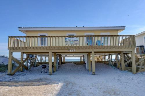 N Shore Private Home #63922