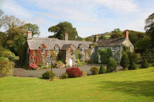 Okehampton area accommodation