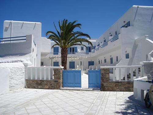 Magas Hotel in mykonos - 2 star hotel