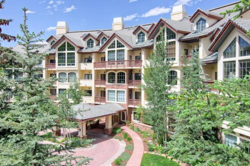 Oxford Court by East West Resorts Beaver Creek