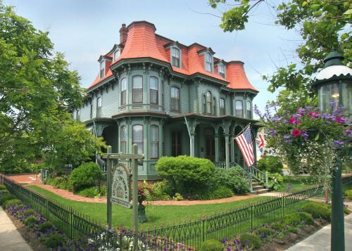 Photo of The Queen Victoria Bed & Breakfast hotel in Cape May