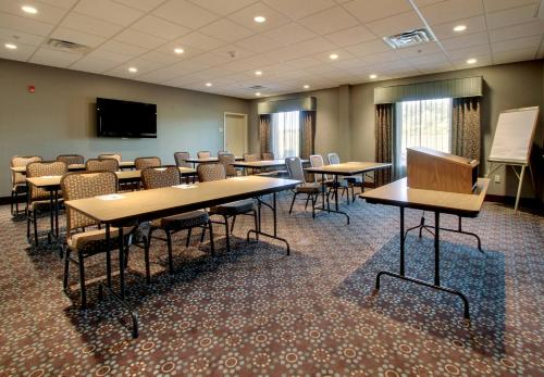Hampton Inn & Suites Grafton Photo