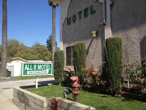 All 8 Motel