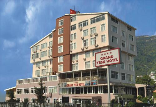 Grand Tesk Hotel