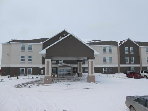 Sierra Inn Minot Photo