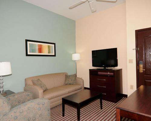 Comfort Inn & Suites Grenada Photo