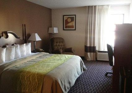 Comfort Inn Near High Point University Photo