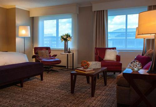 Renaissance Washington DC Downtown Hotel, A Marriott Luxury & Lifestyle Hotel photo 24