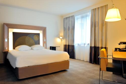 Hotel Novotel Brussels Centre Tour Noire photo 2