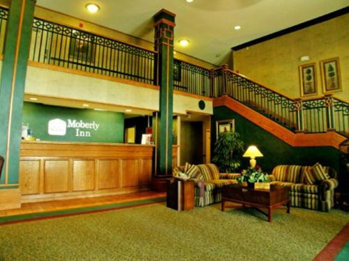 Moberly (MO) United States  city photos : Moberly Inn & Suites, Moberly, MO, United States Overview | priceline ...