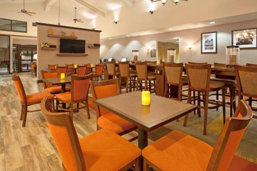 Hampton Inn & Suites El Paso-Airport Photo