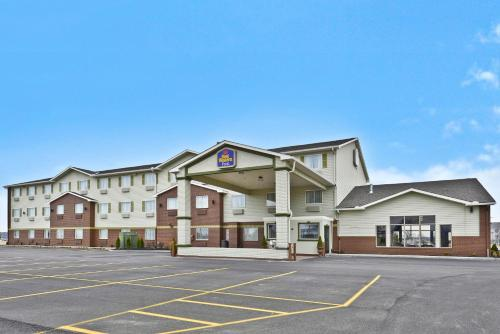 Best Western PLUS University Inn Marion