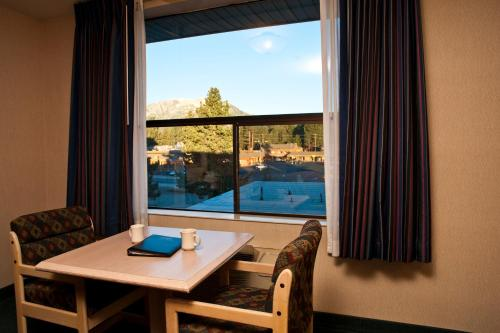Shilo Inn Mammoth Lakes Photo