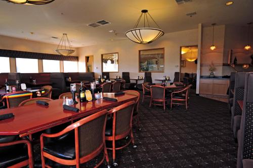 Shilo Inn Suites Klamath Falls Photo