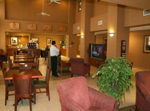Hampton Inn & Suites Red Bluff Photo