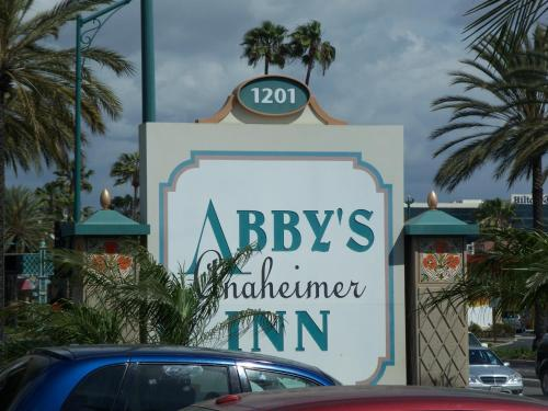 Abby's Anaheimer Inn - Across Disneyland Park Photo