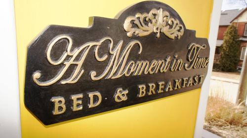 A Moment in Time Bed and Breakfast Photo