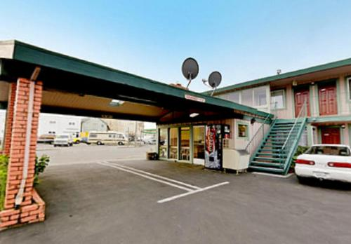 Americas Best Value Inn Eureka