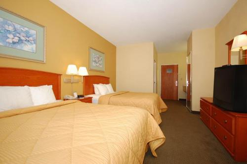Comfort Inn & Suites Pryor Photo