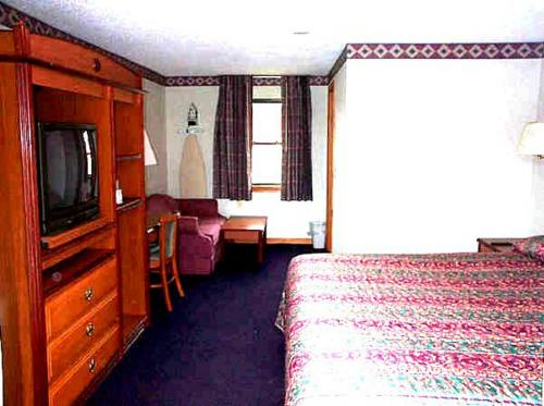 Wesley Inn & Suites Photo