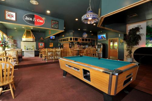 Shilo Inn Suites Hotel - Nampa Suites Photo