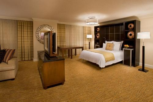 Toronto Airport Marriott Hotel photo 8