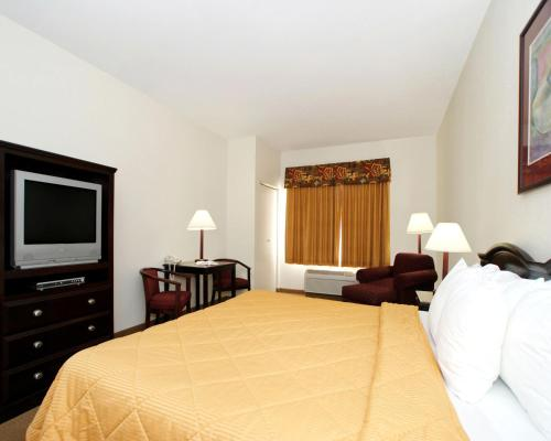 Quality Inn & Suites Guymon Photo