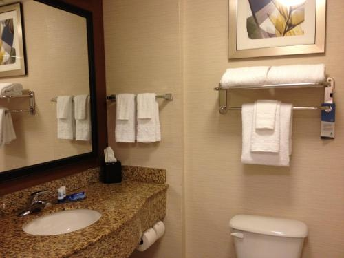 Fairfield Inn & Suites by Marriott Orlando International Drive/Convention Center photo 6